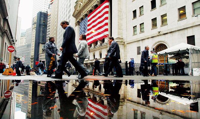 学者:短期内如何应对美国市场