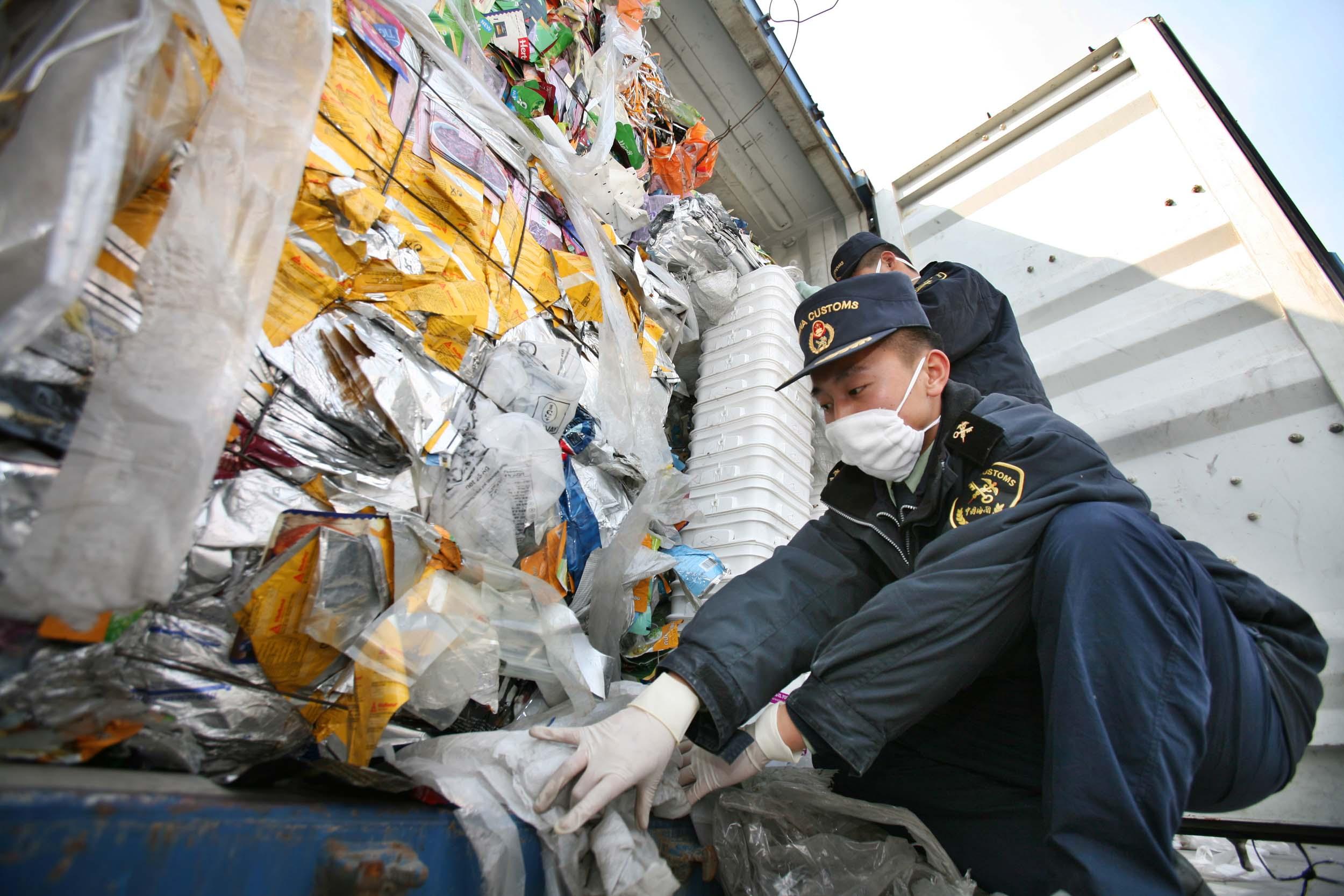 中国停止进口洋垃圾后,澳大利亚少了几十亿的出口额