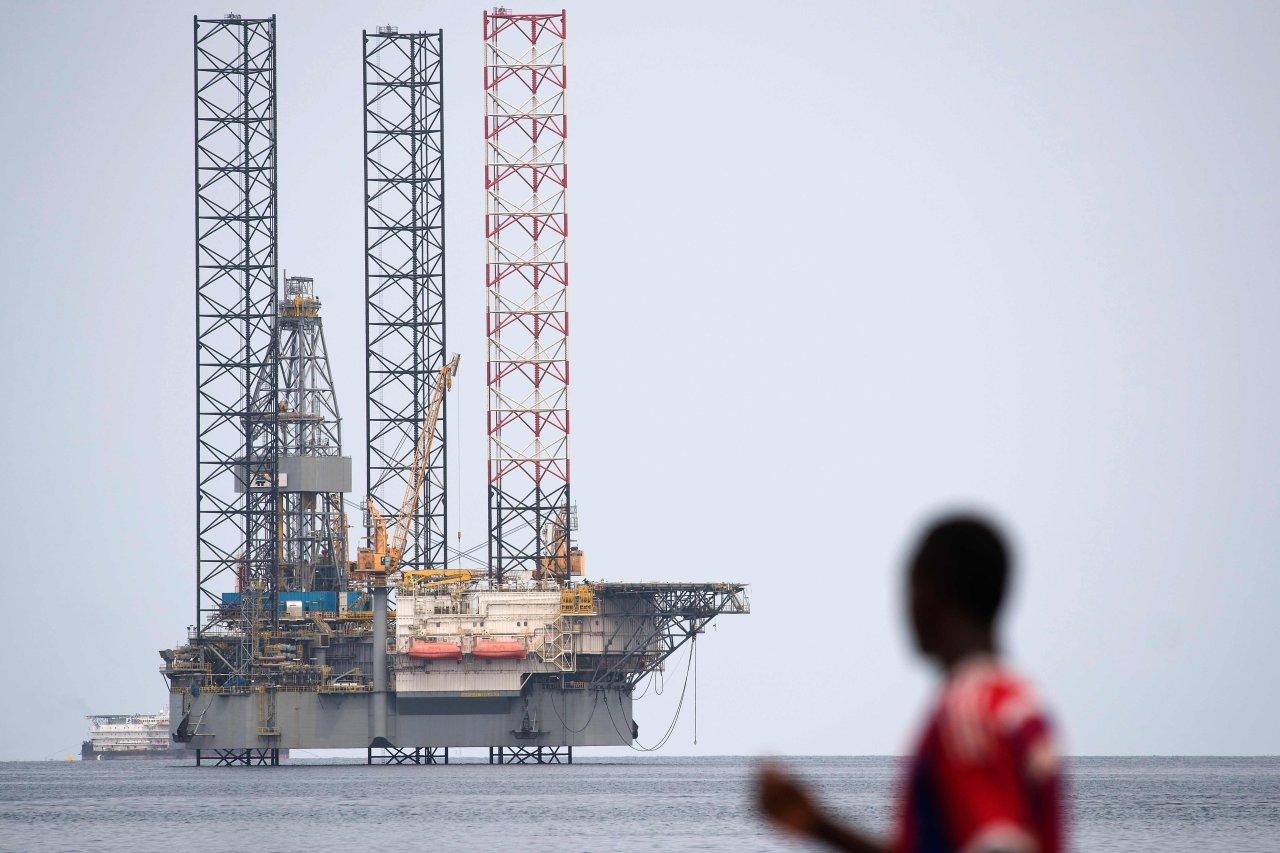港股行情有力再创十年新高 今日留意石油股