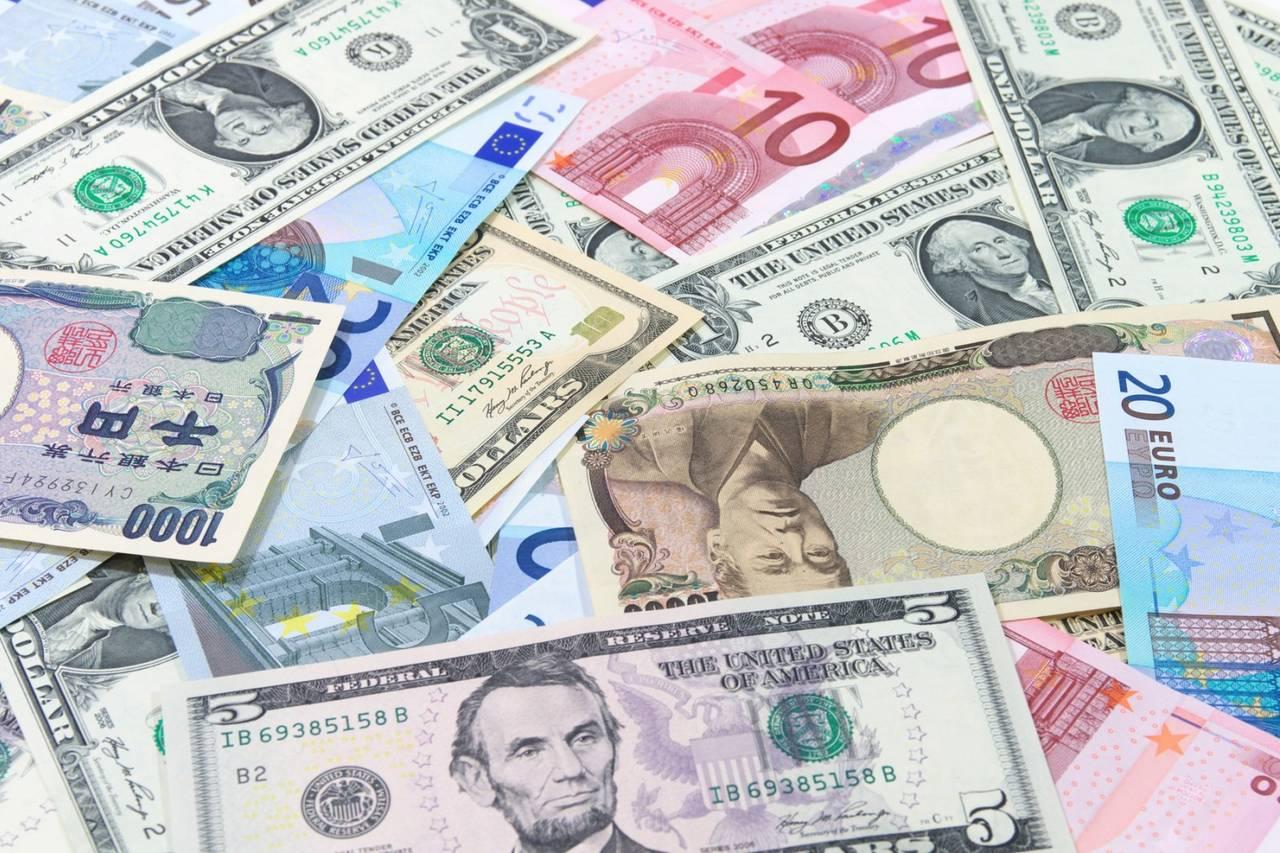 美元破位创四个月低位 欧系货币光芒四射
