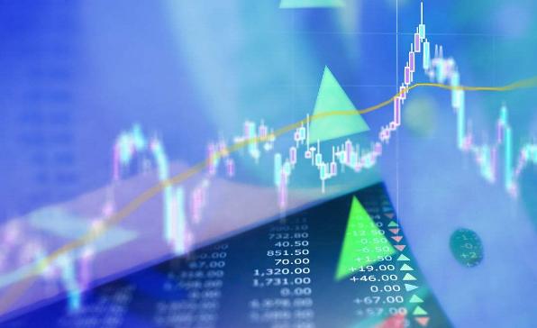 股市直播间:沪指跌逾4%失守3200点 上证50权重股集体重挫