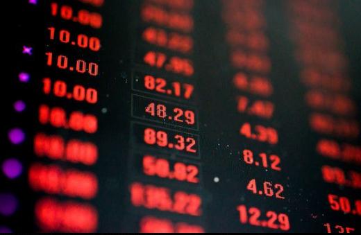 钮文新:A股暴跌的根本原因是什么?