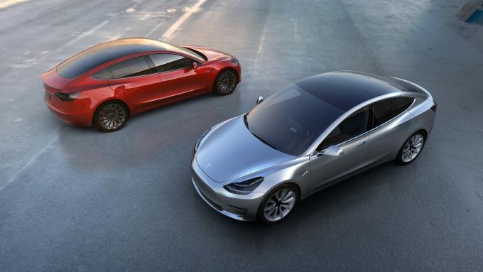 特斯拉证实Model 3于2月底曾一度停产解决生产瓶颈以提高生产效