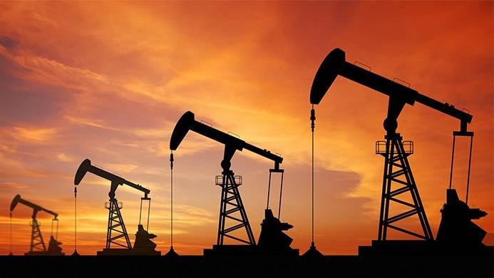 多空交织 原油剧烈震荡后温和收涨