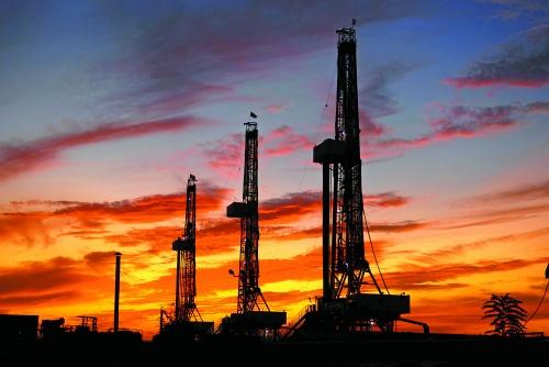 港股收评:恒指全日升105点 神华中石油涨逾6%