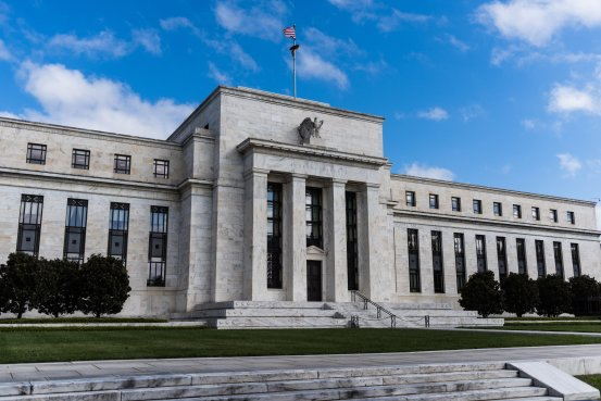 美元温和上涨 聚焦美联储会议纪要