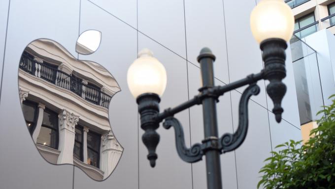 该于此时获利了结出售苹果股票吗?分析师:再等等