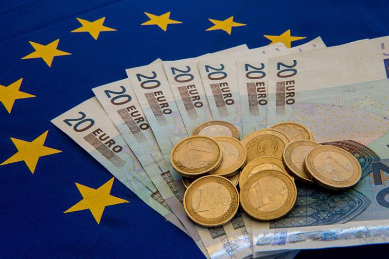 美元三大利多护体、欧元短期完成筑底