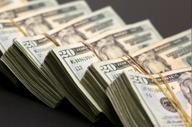美元冲高回落仍强势 欧镑跌跌不休
