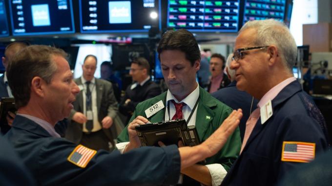 科技股反弹道琼指数上涨逾百点化解贸易紧张忧虑