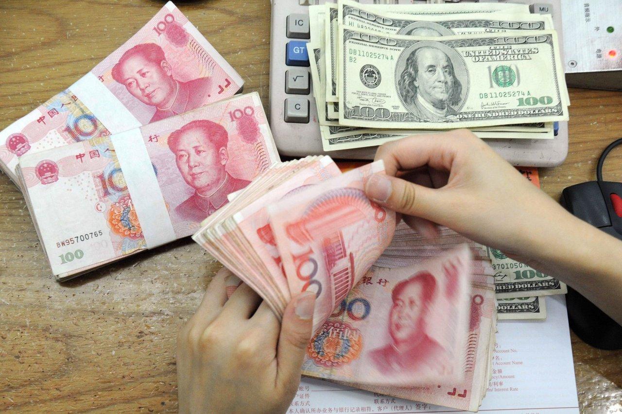 川普宣布贸易战再升级离岸人民币吓跌两百多点破6.89大关