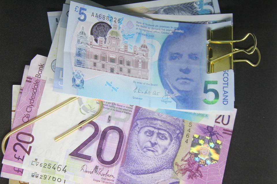 脱欧变数打击英镑 澳元大涨刷新三周高位