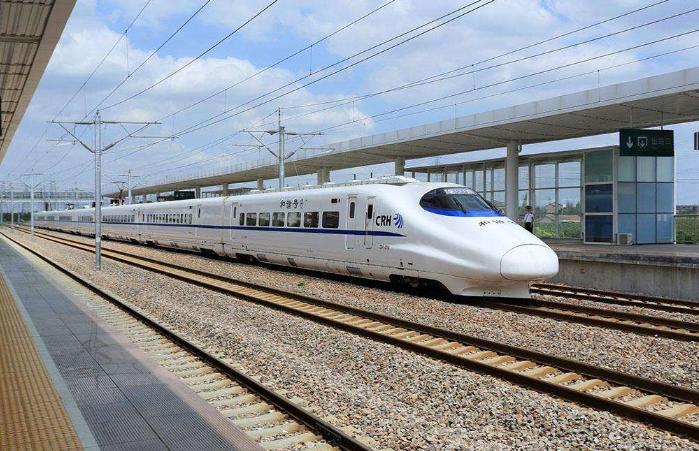 中国高铁亮相国际大展 铁路装备迎来购车大单