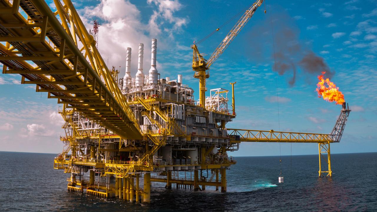 特朗普抨击OPEC 国际原油闻风丧胆