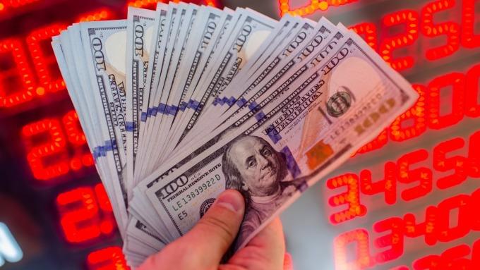 美联储声明掀波澜 美元巨震后反弹