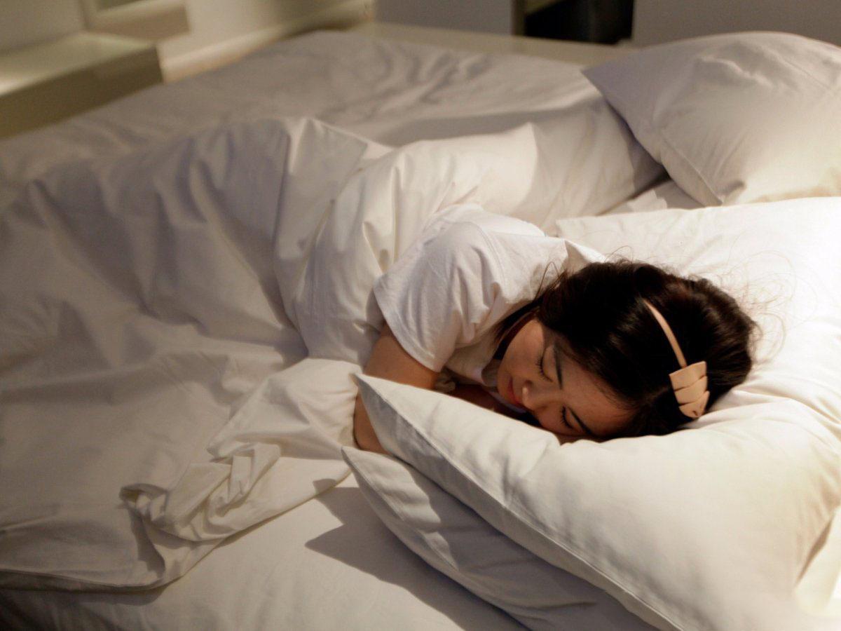 大学生创业:睡遍全国星级酒店不用付钱,女大学生月入上万