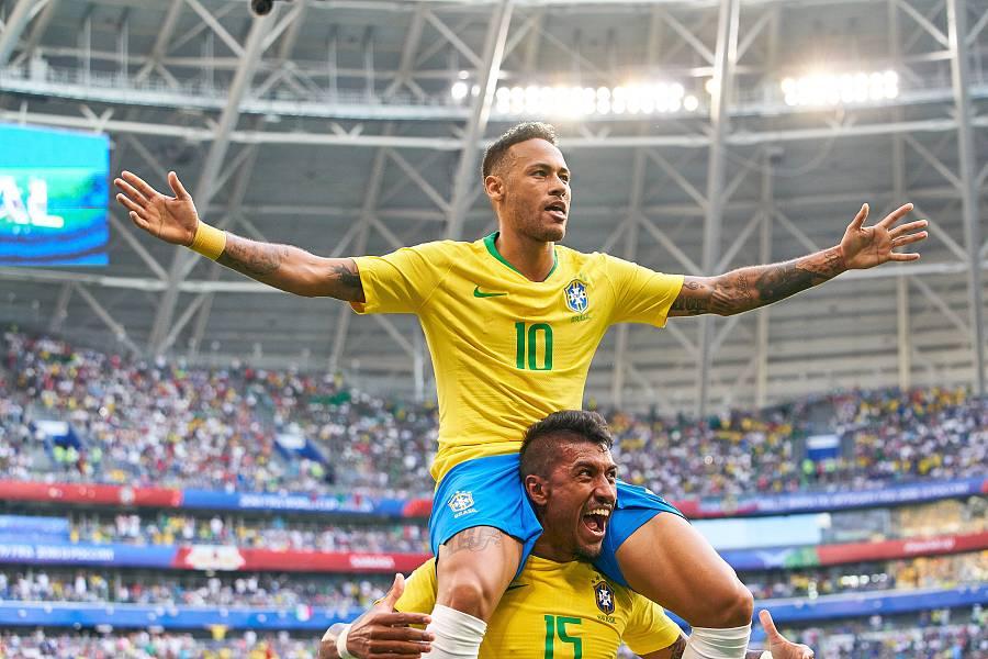 巴西2-0墨西哥连续7届进八强,内马尔造两球