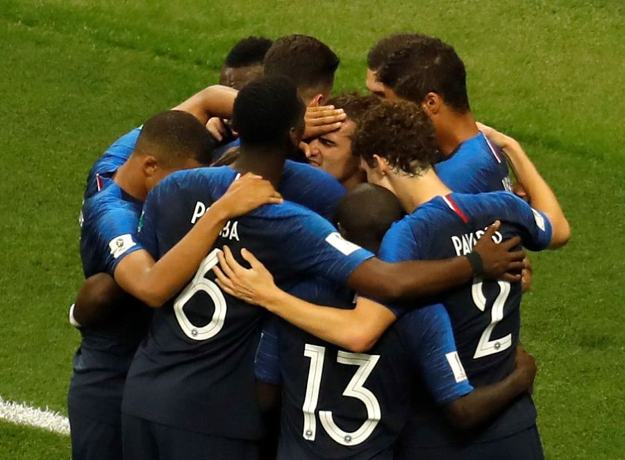 法国4-2克罗地亚!法国20年后重夺冠!