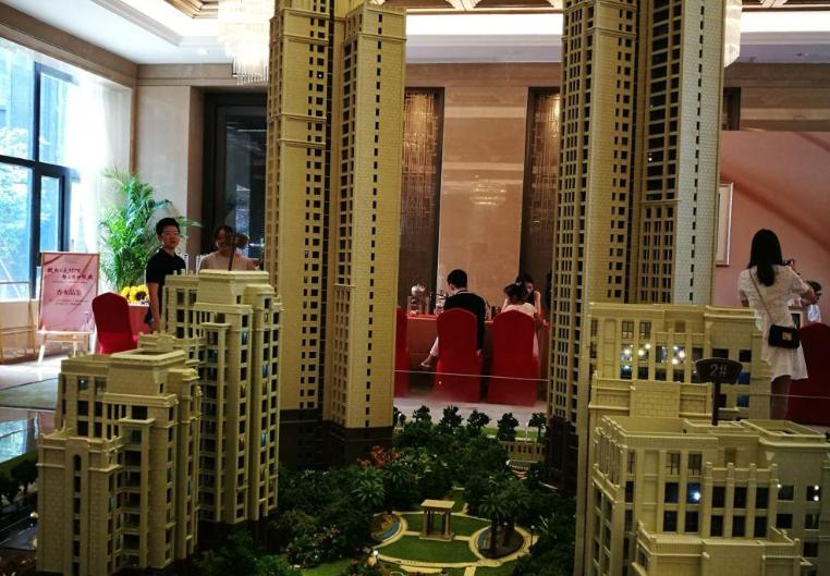 实探漩涡中的厦门楼市:开发商亏着也要卖!