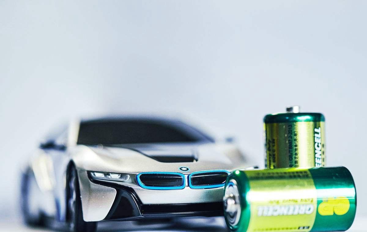 股票|新能源汽车销量回暖 这些概念股机会更大!