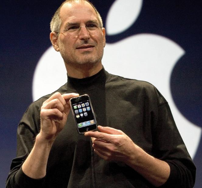 史蒂夫·乔布斯的iPhone简史