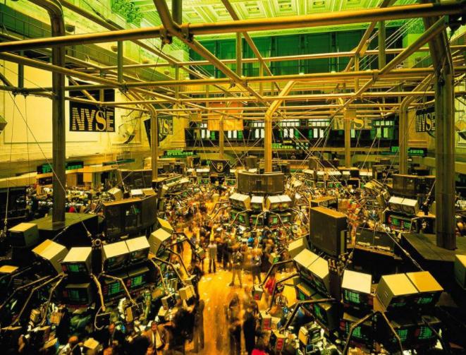 股票-美股屡创新高 提前退场者欲哭无泪