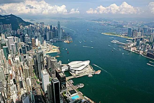 最新财经新闻:香港暴徒骚乱记