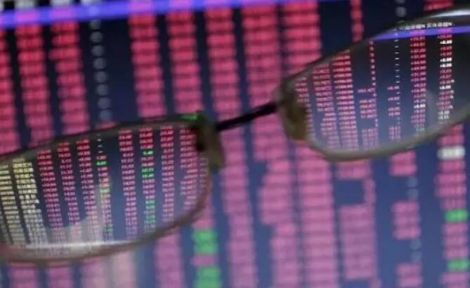 """股市资讯-上证指数被权重股""""绑架""""已失真!"""