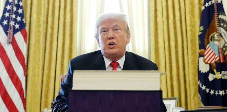 冠状病毒传播:白宫推迟贸易会议!