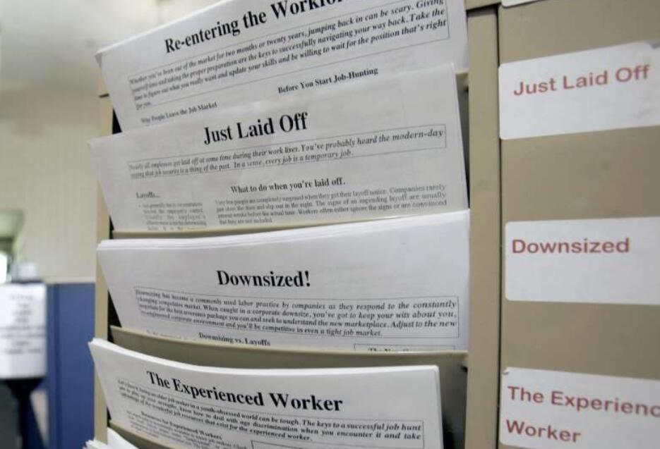 COVID-19裁员上周失业人数或达数百万