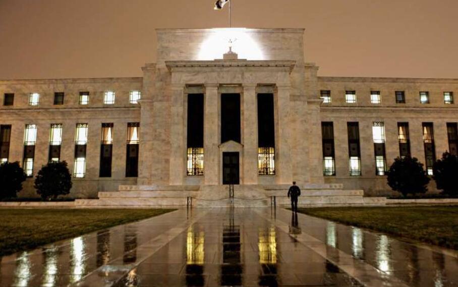 """美联储支持已警告银行""""不要碰""""的公司"""