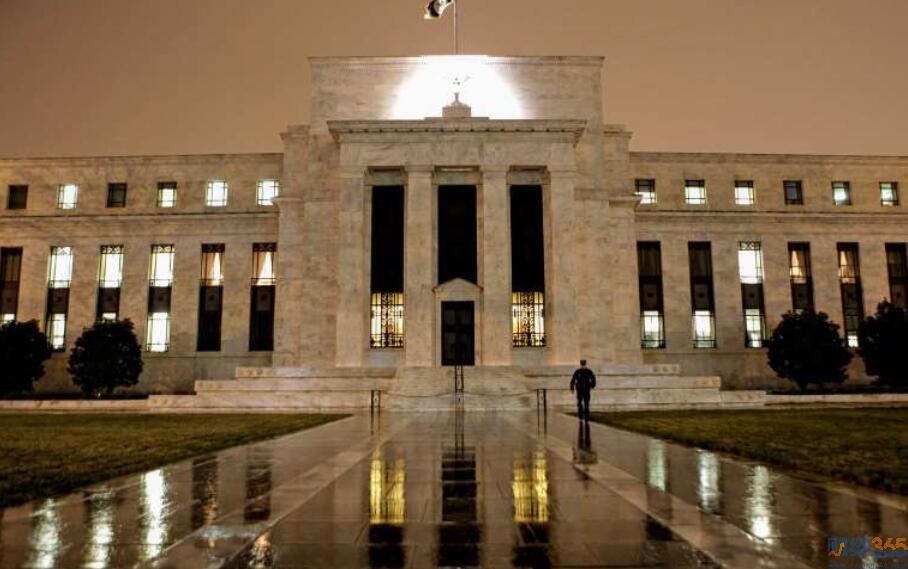 美联储支持已警告银行不要碰的公司
